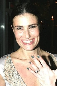 Wicked Opening - Idina Menzel (green nails)