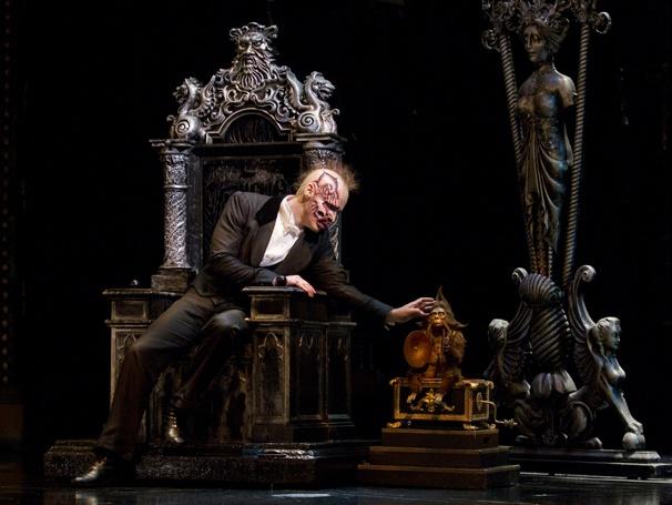 Show Photos - The Phantom of the Opera - Hugh Panaro