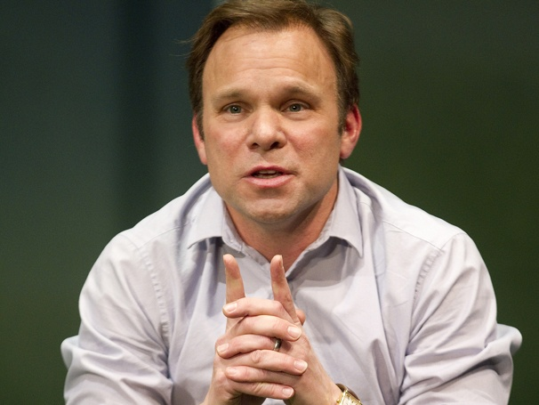 Show Photos - How I Learned to Drive - Norbert Leo Butz