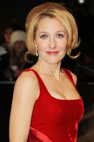 Les Miserables London premiere – Gillian Anderson