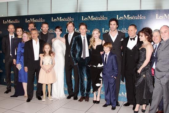 Les Miserables London premiere – cast shot