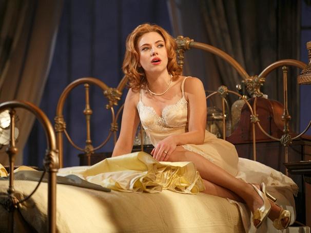 Show Photos - Cat on a Hot Tin Roof - Scarlett Johansson