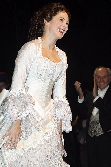 Hugh Panaro Returns to Phantom – Sara Jean Ford (curtain call)