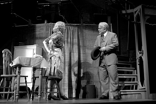 Death of a Salesman - Philip Seymour Hoffman and Linda Emond