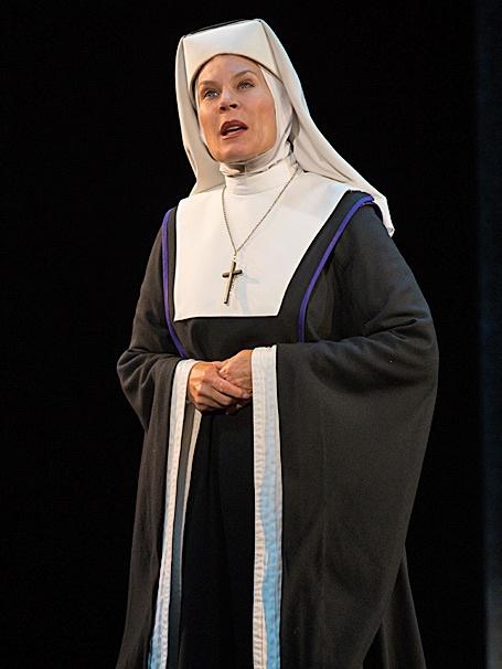 Sister Act - tour - Hollis Resnik