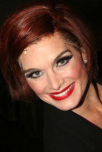 Photo Op - Chicago 10th Anniversary - Brooke Shields (Roxie wig)