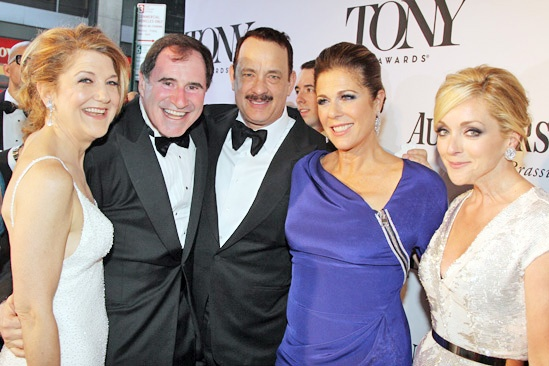 Tony Red Carpet- Victoria Clark- Richard Kind- Tom Hanks- Rita Wilson- Jane Krakowski
