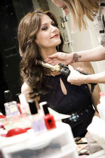 Samantha Harris Chicago photo shoot – hair