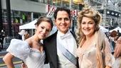 Cinderella at Macy's Parade - Laura Osnes- Santino Fontana- Victoria Clark
