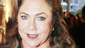 Tony Red Carpet-Kathleen Turner