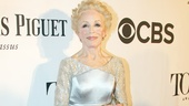 Tony Red Carpet- Holland Taylor