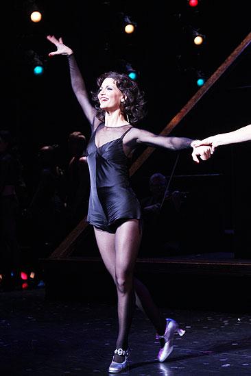 Samantha Harris Debut in Chicago - Samantha Harris (curtain call)