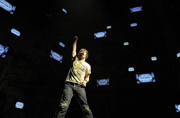 Show Photos - American Idiot - John Gallagher Jr. (1)