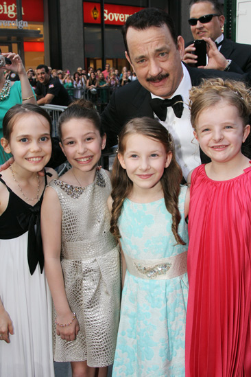 Tony Red Carpet- Tom Hanks-Oona Laurence-Bailey Ryon- Sophia Gennusa- Milly Shapiro