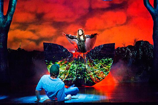 <i>Big Fish</i>: Show Photos - Big Fish - Norbert Leo Butz - Ciara Renee
