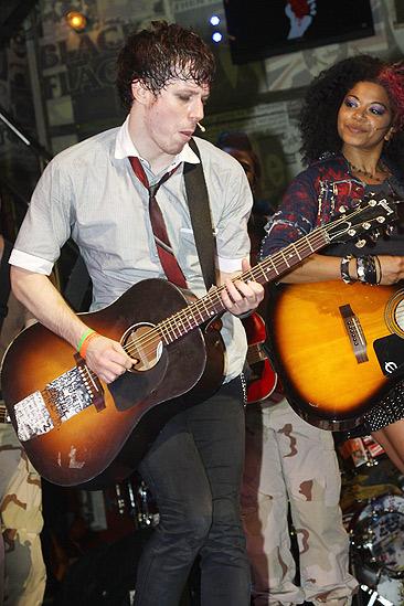 Billie Joe Idiot – John Gallagher Jr. – Rebecca Naomi Jones