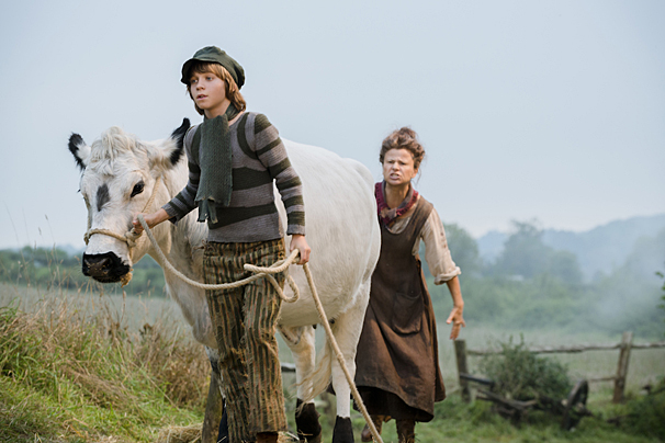 Into the Woods – Promo Images – Daniel Huttlestone – Tracy Ullman
