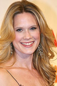 Photo Op - Chicago 10th Anniversary - Stephanie March