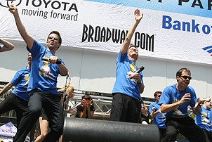 Photo Op - Broadway in Bryant Park 07-26-07 - Rick Holmes - Lewis Cleale - James Ludwig