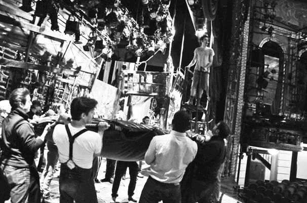 Starcatcher-Backstage-Cast-Crew