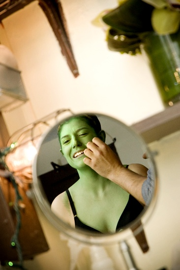 Nicole Parker Backstage at Wicked – mirror