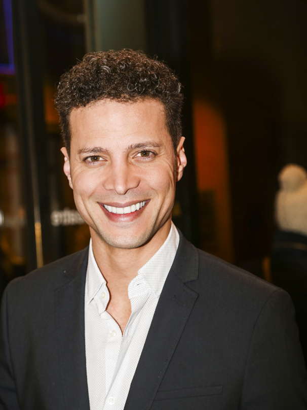 Noises Off - Show Photos - 1/16 - Justin Guarini
