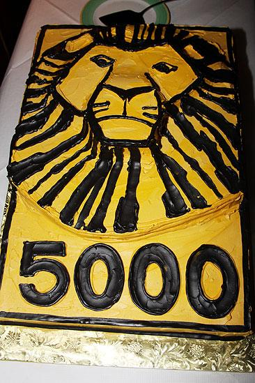 The Lion King Celebrates 5000 perfs – cake