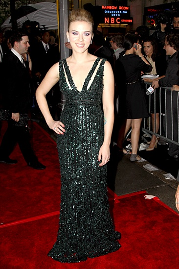 2010 Tony Awards Red Carpet – Scarlett Johansson