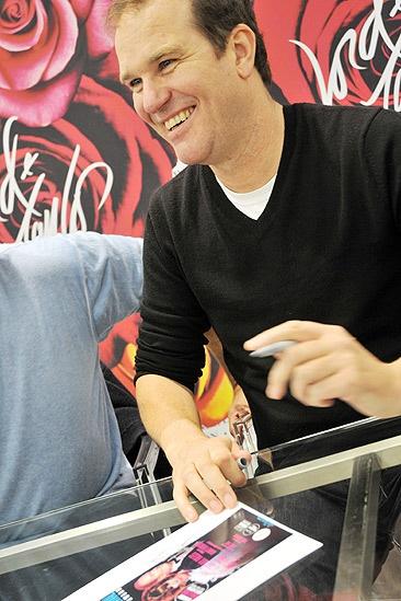 La Cage CD Signing – Douglas Hodge (signing)