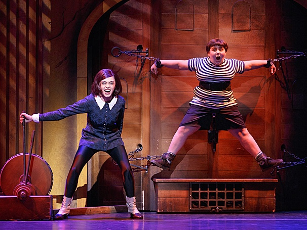 Show Photos - The Addams Family - tour - Jennifer Fogarty - Sam Primack