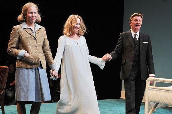 Its Pinter Times Two As Atlantic Theater Celebrates The Opening Of Collection A Kind Alaska