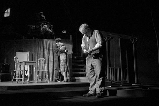 Death of a Salesman- Philip Seymour Hoffman, Andrew Garfield, Finn Wittrock, Linda Emond