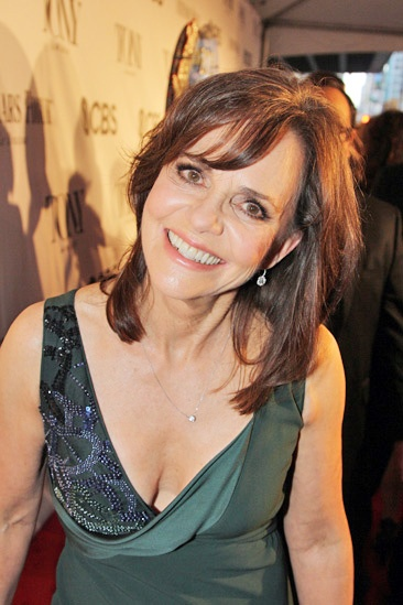 Tony Red Carpet- Sally Field