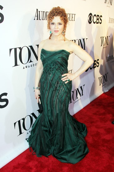 Tony Red Carpet- Bernadette Peters