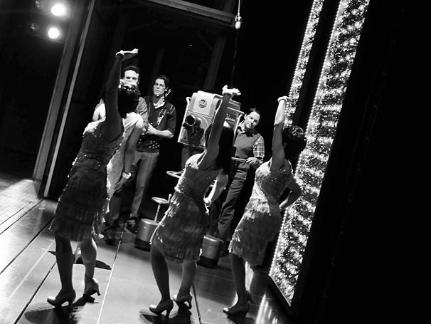 Beautiful - Backstage Photos - 4/14 - Shirelles
