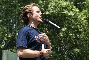 Photo Op - Broadway in Bryant Park 07-26-07 - Jason Danieley (singing)