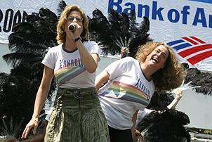 Photo Op - Broadway in Bryant Park 07-26-07 - Jackie Hoffman - Mary Testa - 2