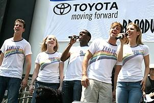 Photo Op - Broadway in Bryant Park 07-26-07 - Xanadu cast onstage