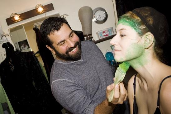 Nicole Parker Backstage at Wicked – makeup artist
