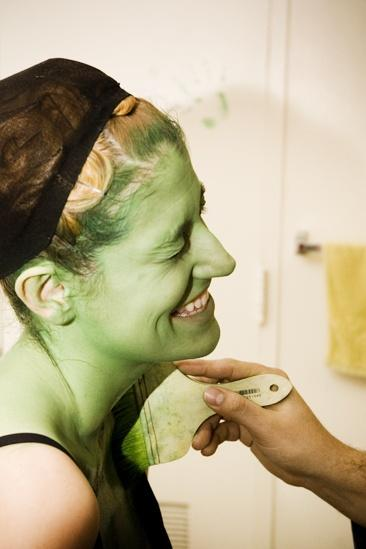 Nicole Parker Backstage at Wicked – laughing
