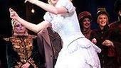 Idina Menzel Final Wicked Performance - Jennifer Laura Thompson