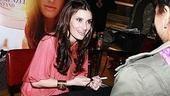 Idina Menzel at Virgin - Idina signing