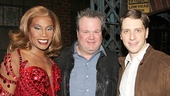 Kinky Boots co-stars Billy Porter & Andy Kelso rally around Eric Stonestreet of Modern Family.