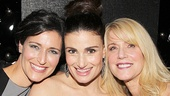 Idina Menzel is proud to have her sister Cara and mom Helene by her side on opening night.