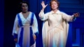 Roz Ryan as Emma Jo Schaeffer and Carolee Carmello as Aimee Semple McPherson in Scandalous.