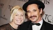 2011 Tony Awards Red Carpet – Mark Rylance - Claire Van Kampen