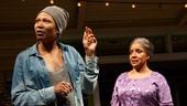 Alana Arenas as Cookie and Phylicia Rashad as Shelah in Head of Passes.