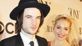 Tony Red Carpet- Tom Sturridge- Sienna Miller