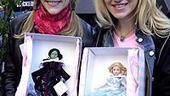 Photo Op - Wicked Day 2007 - Lisa Brescia - Annaleigh Ashford ( dolls)