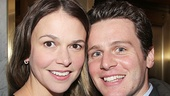 Stage and screen faves Sutton Foster and Jonathan Groff hang out on the red carpet.